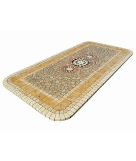 tavolo per esterno in mosaico
